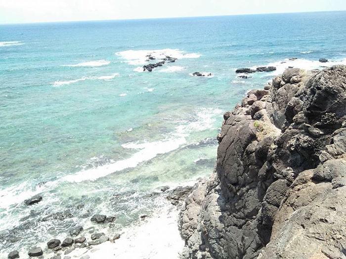 Vịnh Triều Dương trên đảo Phú Quý