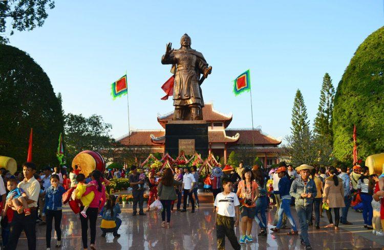 Lễ hội Đống Đa - Bình Định (mùng 4 – 5 tháng Giêng)