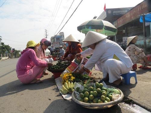 Chợ Gia Lạc ngày Tết Nguyên Đán