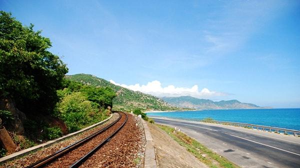 Đường ven biển Cà Ná - Phan Rang