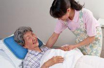 Lưu ý khi chăm sóc người bị liệt nửa người do tai biến mạch máu não