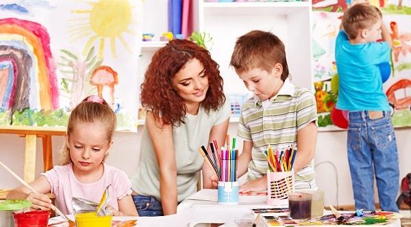 Hội họa là môn năng khiếu phù hợp với bé 4 tuổi