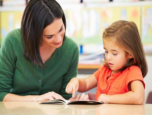 Nguyên tắc dạy con khi học bài ở nhà cha mẹ nào cũng phải biết