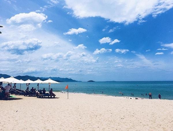 Nha Trang là vùng đất của biển xanh và cát trắng