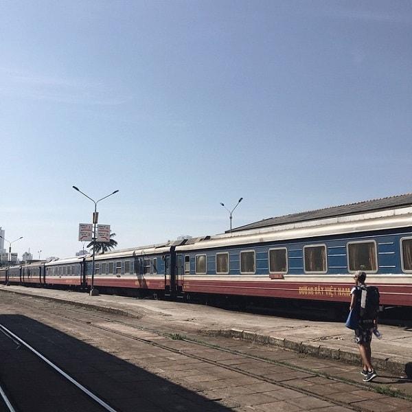 Bạn có thể di chuyển bằng tàu đến Nha Trang thuận tiện