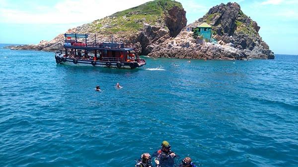 Đào Hòn Mun Nha Trang là 1 hòn đảo khá hoang sơ