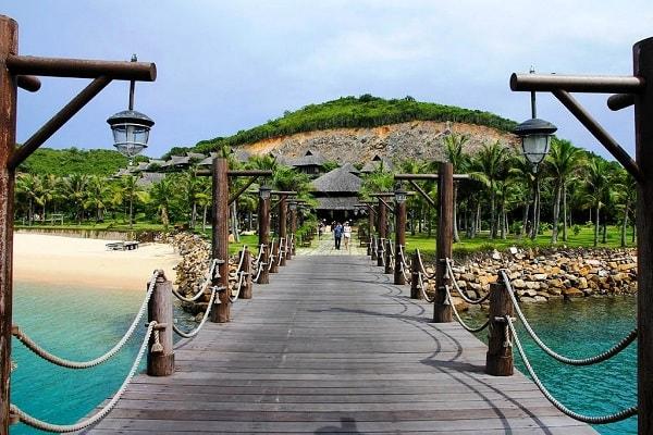 Du lịch đảo Hòn Tằm ở Nha Trang