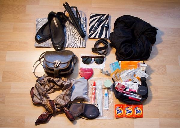 Những trang phục và phụ kiện cần chuẩn bị khi đi du lịch