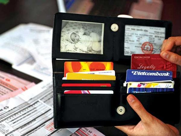 Bạn cần chuẩn bị đầy đủ giấy tờ khi đi du lịch Nha Trang