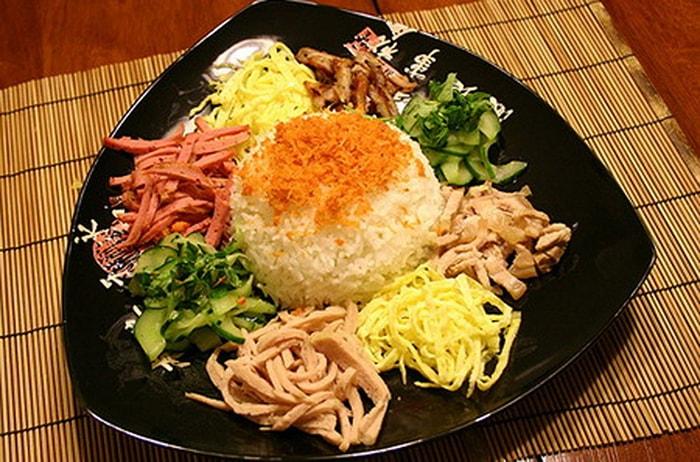 Đặc sản cơm âm phủ ở Huế