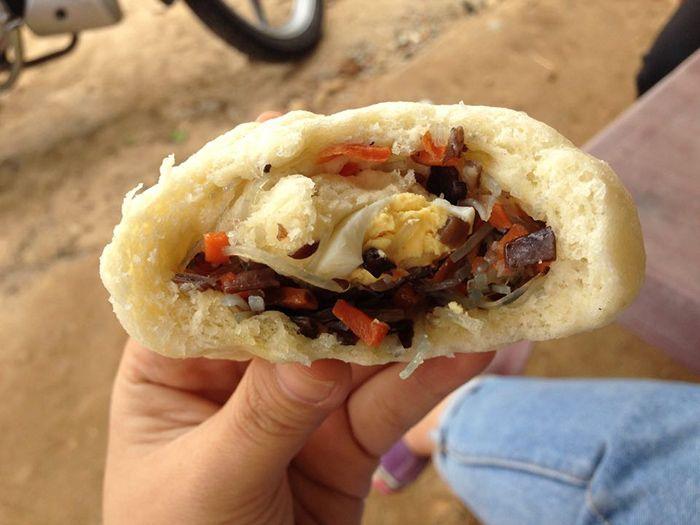 Bánh Bao là món ăn thích hợp khi đi du lịch Huế mùa đông