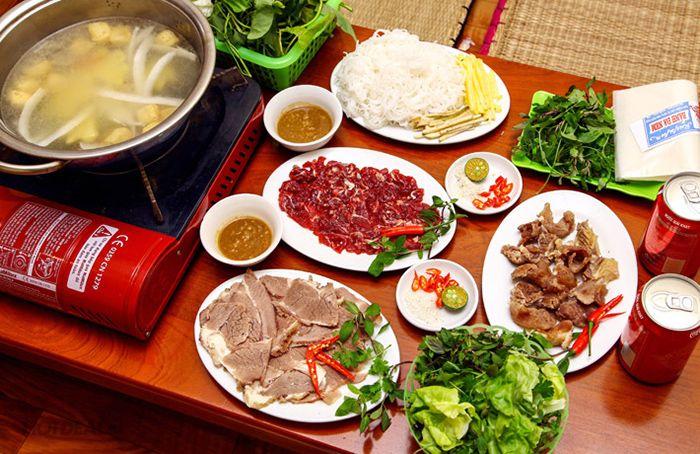 Lẩu là món ăn đặc sản mùa thu ở Huế