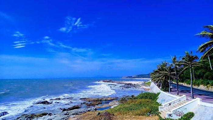 Bãi đá Ông Địa - Bình Thuận