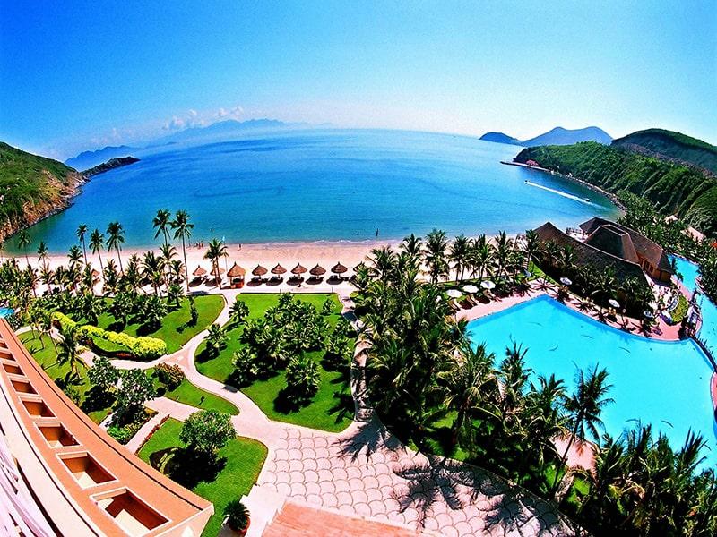 Từ tháng 3 đến tháng 9 là mùa du lịch của Nha Trang