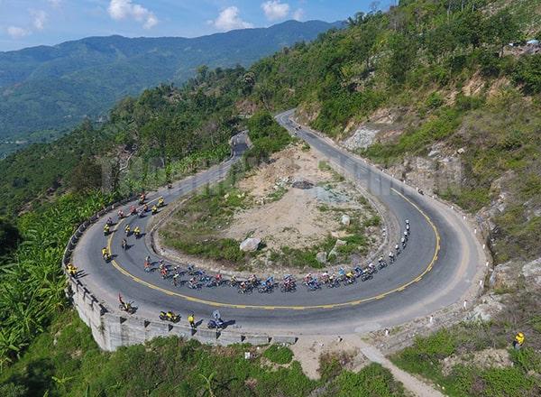 Đèo Ngoạn Mục là 1 trong những địa điểm không thể bỏ qua ở Ninh Thuận