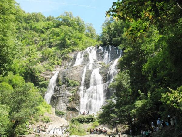 Thác Chapơ là 1 trong những địa điểm không thể bỏ qua ở Ninh Thuận